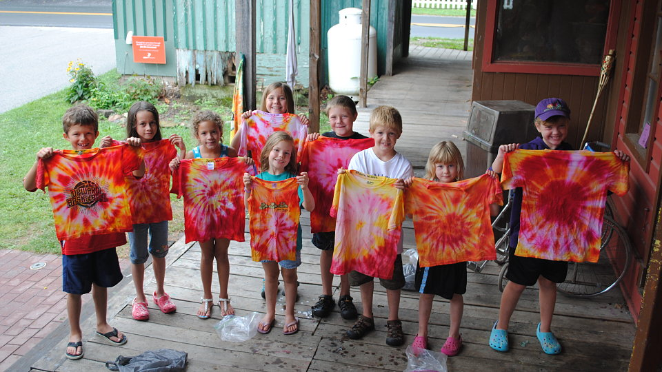 making tie dye shirts